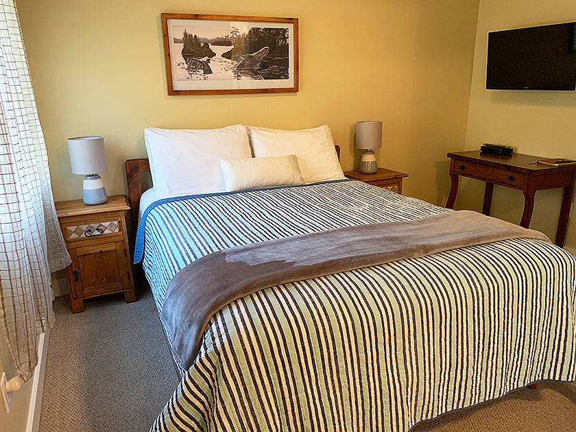 The Driftwood B&B Room at Wild Pacific Bed and Breakfast in Ucluelet, Canada